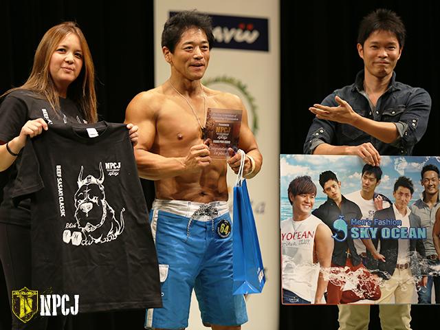 メンズフィジーク50歳超優勝者-植田-昇