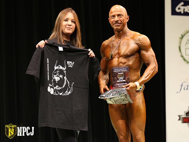 ボディビルディング75kg未満優勝者-Craig-Humble