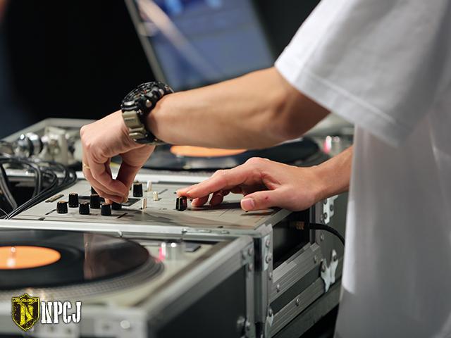 DJの手元